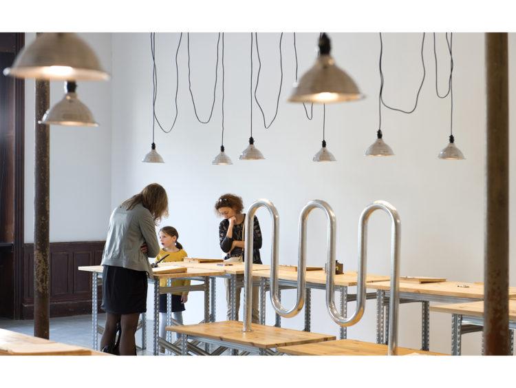 Chose 001059 (Cycloops) - Le Grand Café