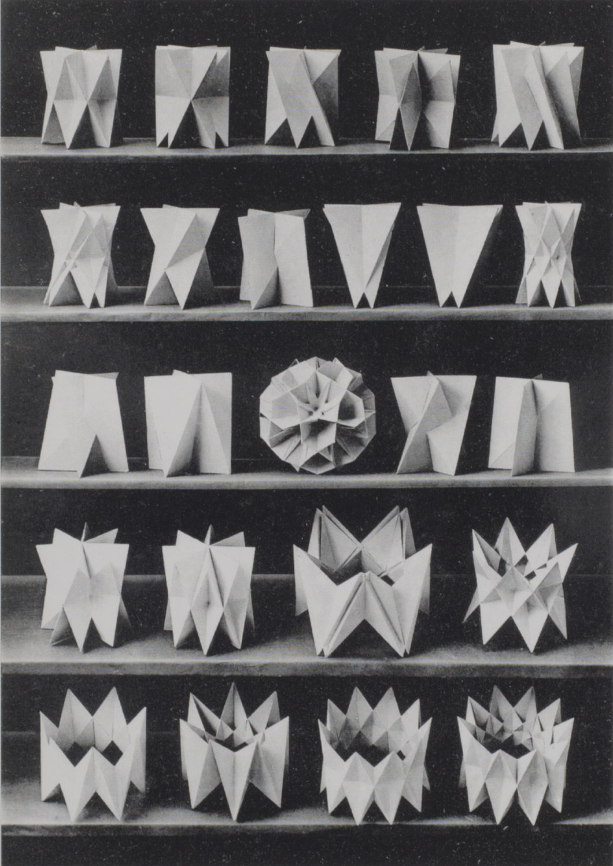 Planche nº21 du livre de Max Bruckner - Le Grand Café