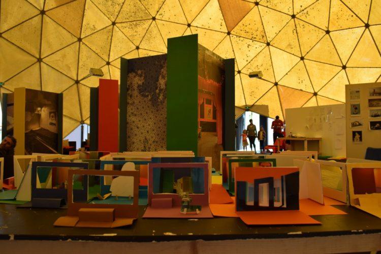 Autour de l'exposition «Des volumes et des vides» de Krijn De Koning - Le Grand Café